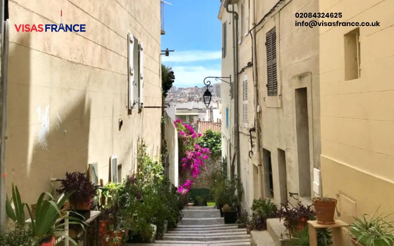 Plan a trip to Marseilles Old Town, Le Panier